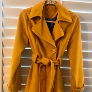 Beautiful Gold Double Breasted Belted Coat Medium